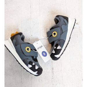 Boys gray shark sneakers